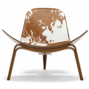 poltroncina in cavallino CH07 Shell Chair Carl Hansen & Son.