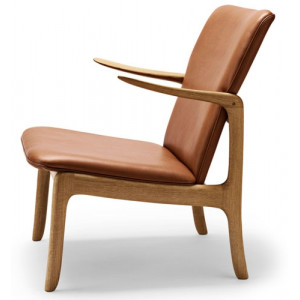 poltroncina OW124 Beack Chair Carl Hansen & Son.